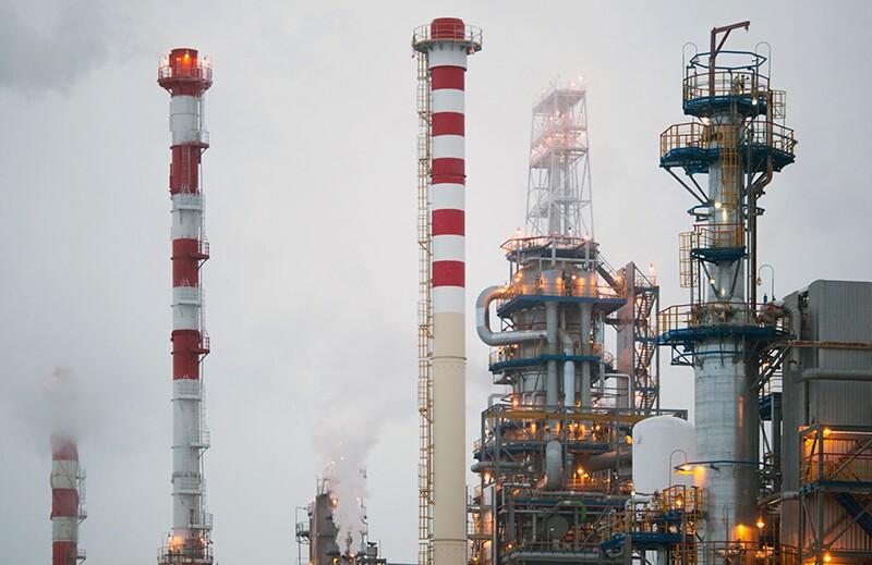 refineries/ss1264206169-refineries.jpg