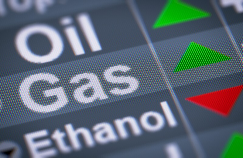 oil gas trading