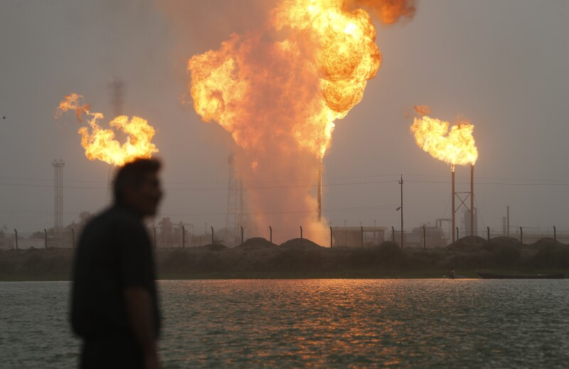 ss1834511149-gas-flaring