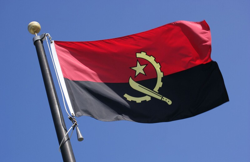 rf5642610-country-flags-angola