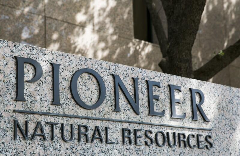 AP_758588431676-companies-pioneer