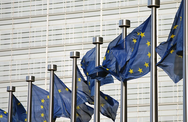 rf4004649-flags-european-union