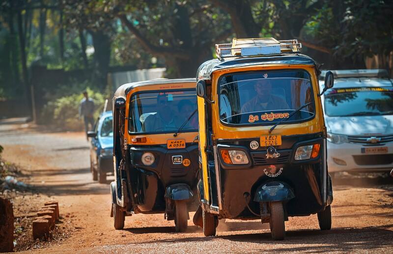 ss1662827269-cars-rickshaws