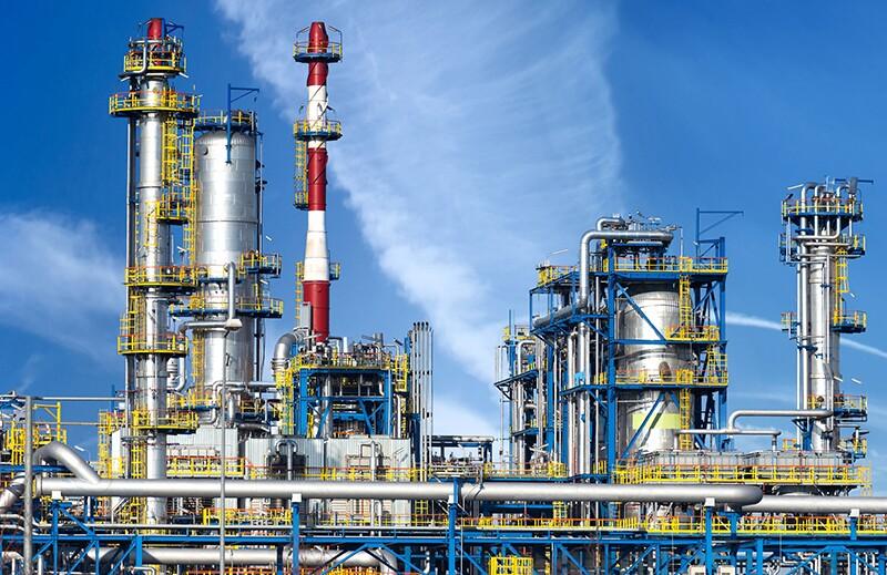 refineries/rf37036974-refineries.jpg