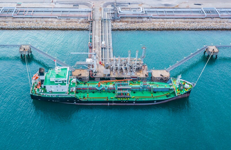 ss728125657-tanker-port-terminal-crude-oil