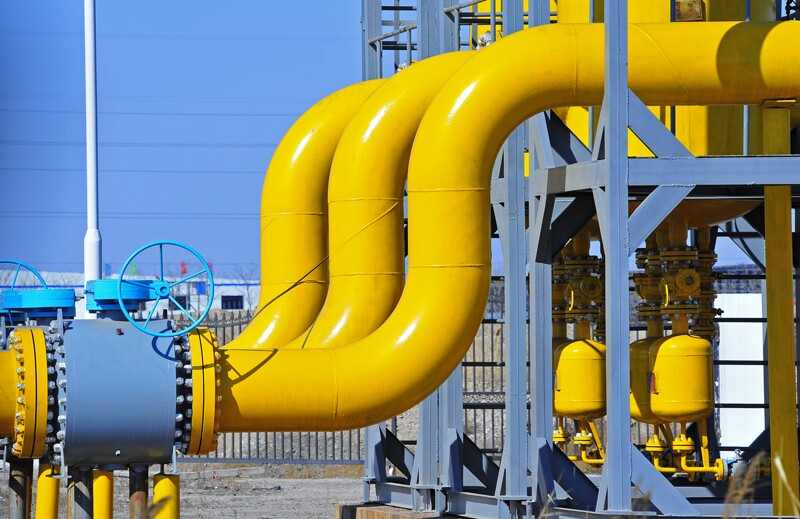 generic/ss399075487-gas-oil-facility-pipes.jpg