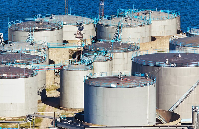 Oil Storage 29797422-oil-storage