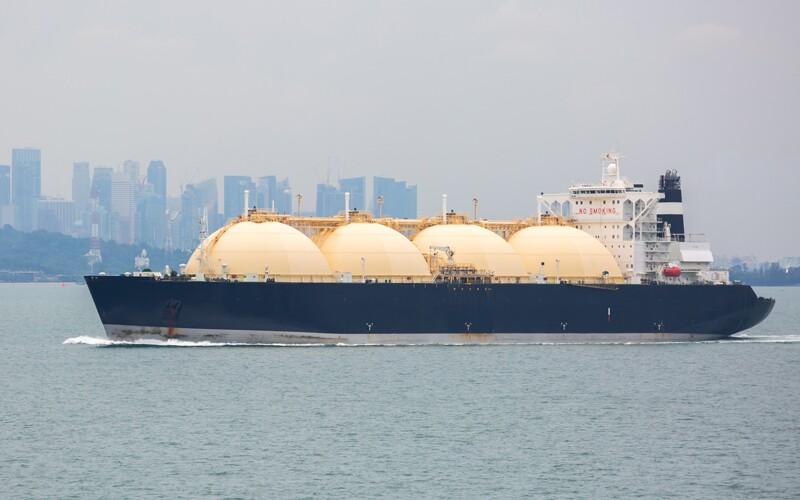 lng/ss549888604-LNG-tanker-Singapore.jpg