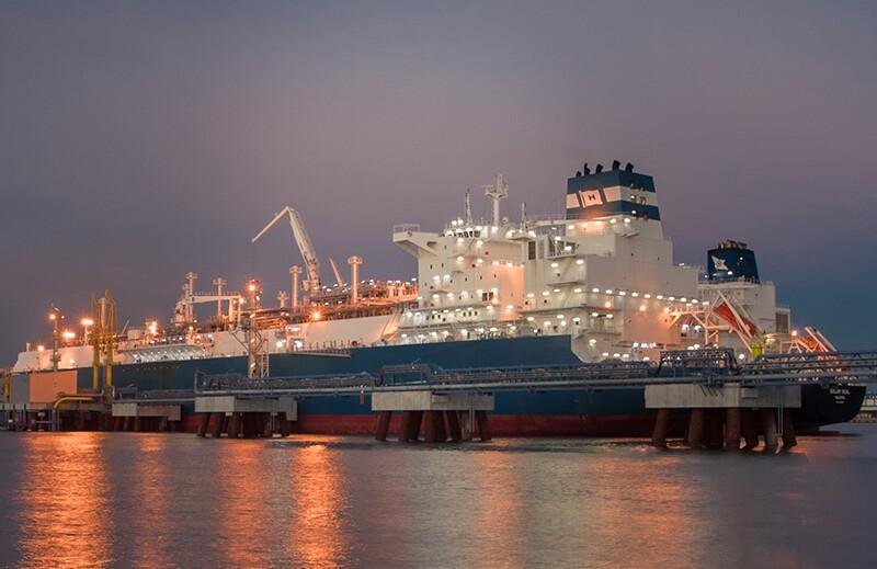 ss378733543-LNG-tankers-FSRU